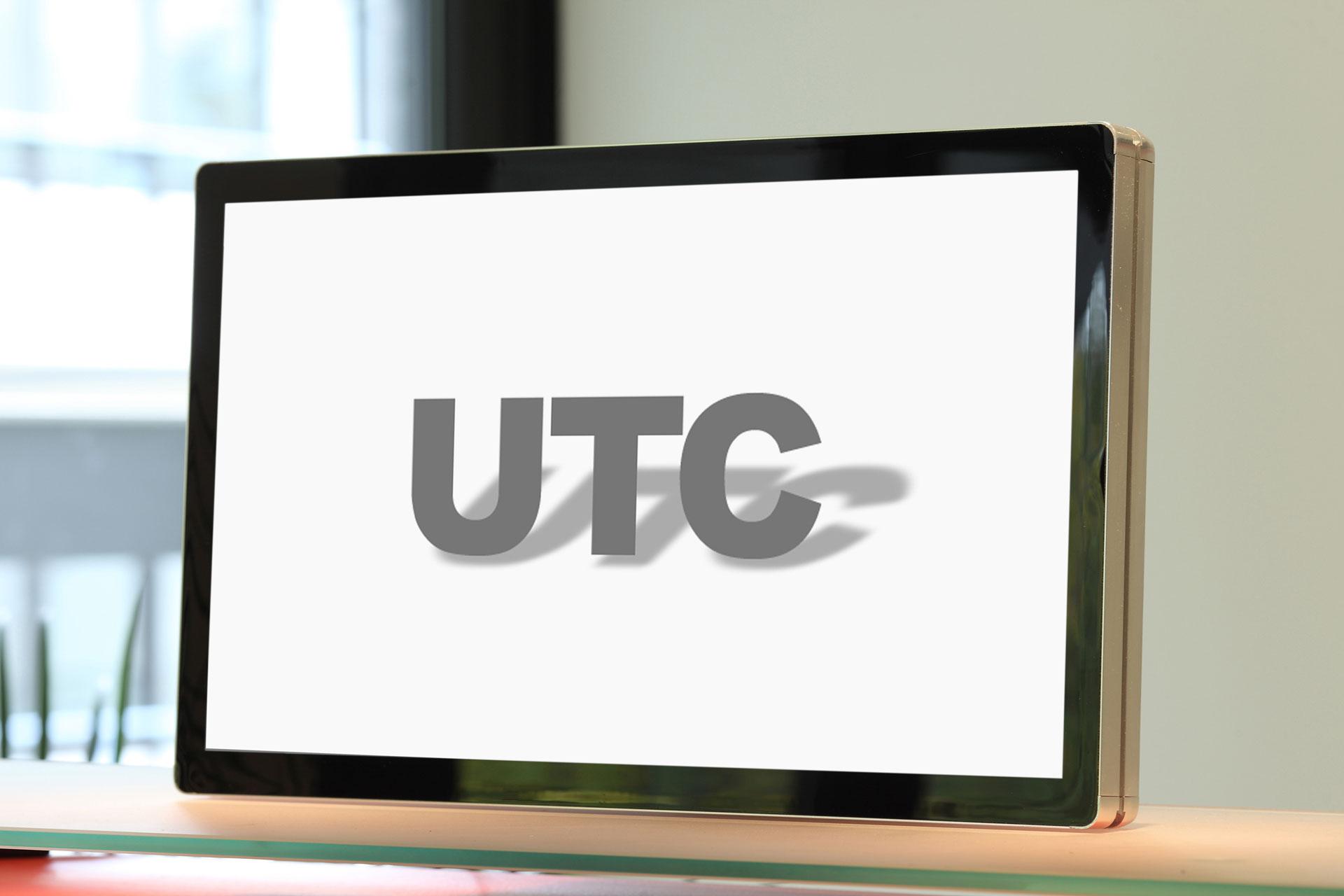 """De UTC-Serie is toegevoegd aan ons assortiment: De solide """"signage-PC"""" met een robuust touchscreen"""